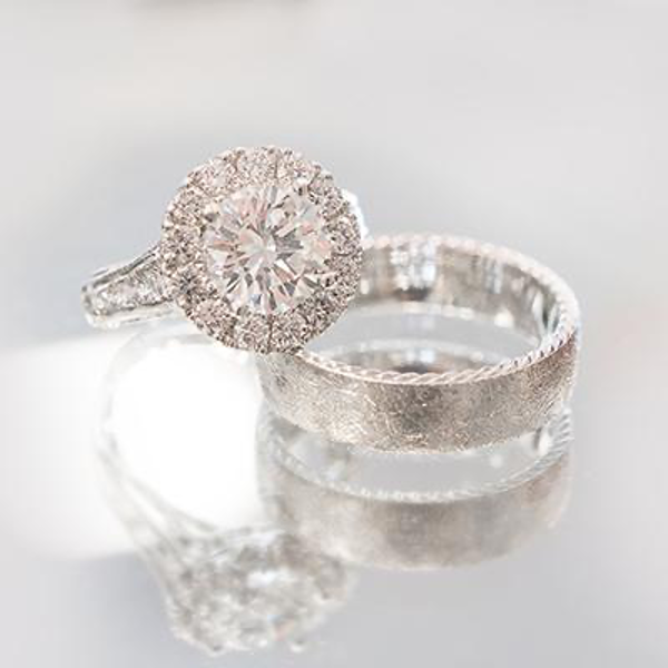 his and hers matching wedding rings